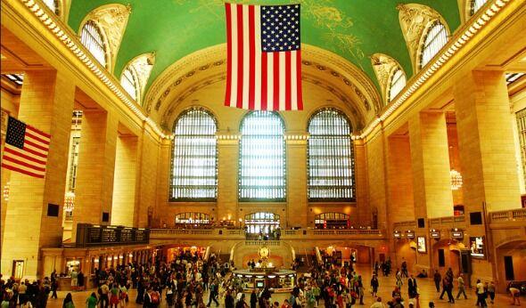Penn Station v. Grand Central: Rating the Railways