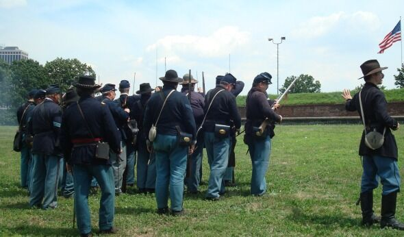 Q&A With New York's Civil War Reenactors: The Joys of Wool Suits in Summer