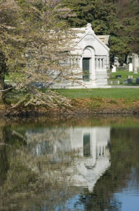 Timothy Crawford Mausoleum on Lake Plot at the Woodlawn Cemetery, Bronx, N.Y. Photo courtesy of Lee Sandstead.