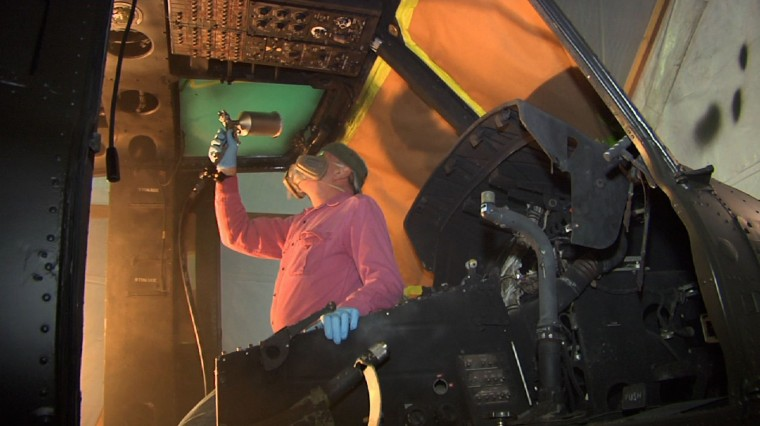 Vietnam Vets Work to Restore Military Helicopter