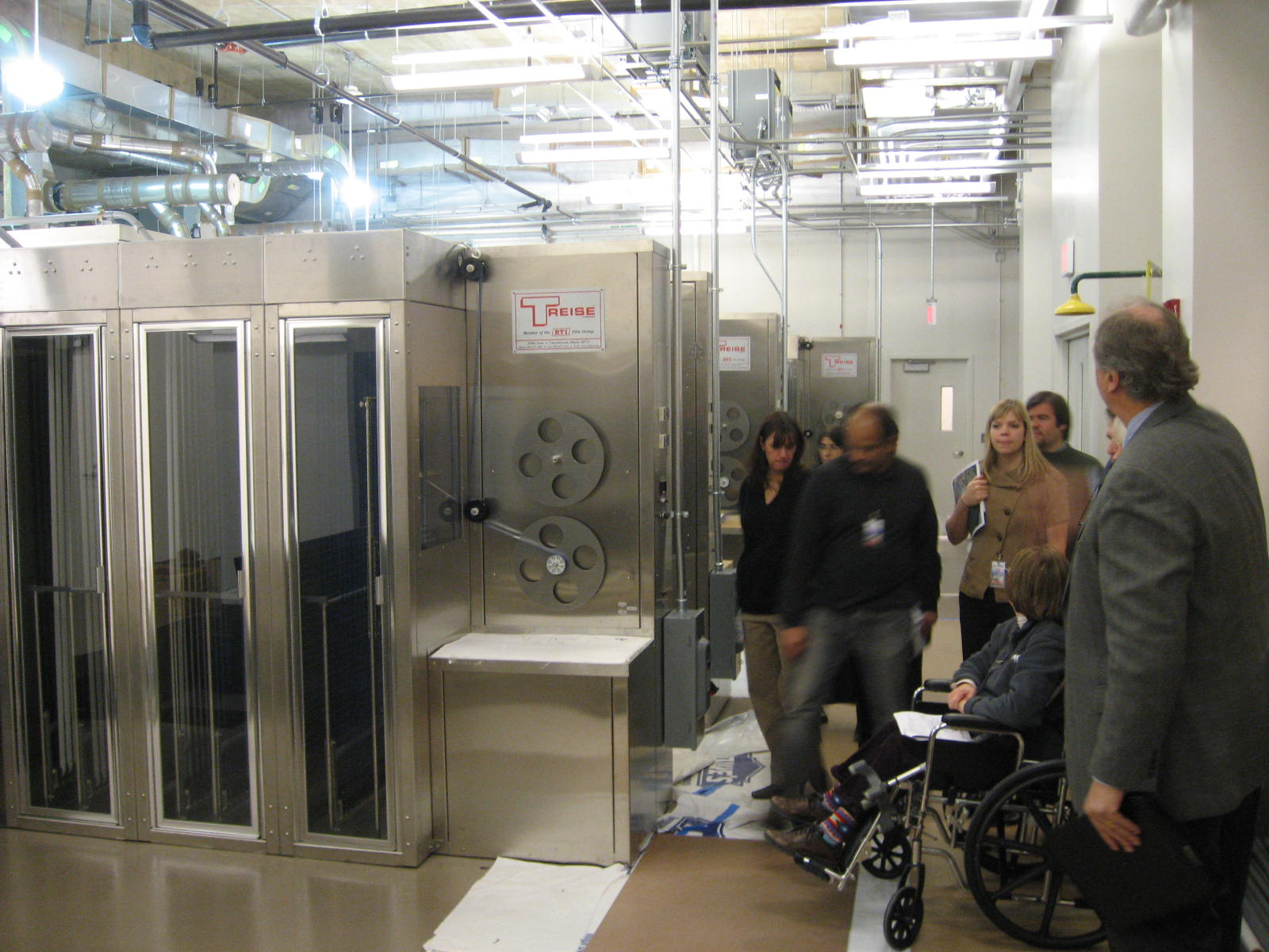 PDPTV team visits the new Library of Congress National Audiovisual Conservation Center in 2008