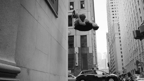 SPACE AND MOTION – PARKOUR & FREERUNNING