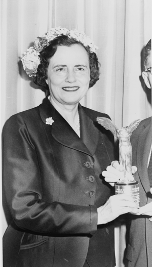 Mary Lasker presenting an award in 1957.