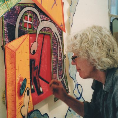 Elizabeth Murray at work.