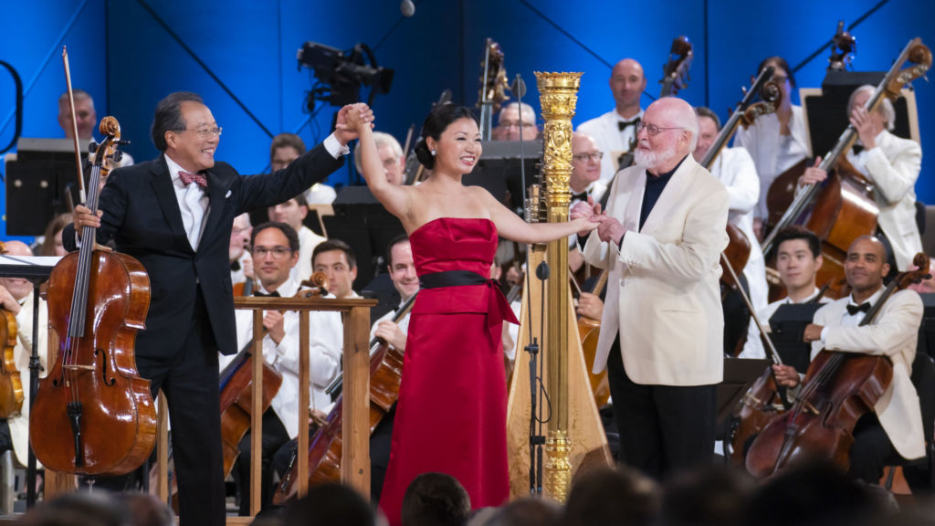 Left to right: Yo-Yo Ma, Jessica Zhou, and John Williams. Photo: Chris Lee