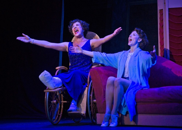 Karen Ziemba as Dorothy Brock (left) and Darien Crago as Peggy Sawyer (right) in 42nd Street. Photo: Philip Groshong.